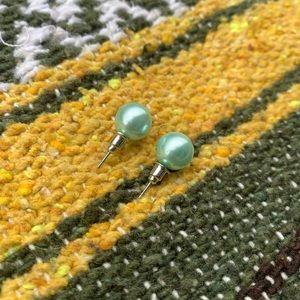 •teal colored pearl earrings•